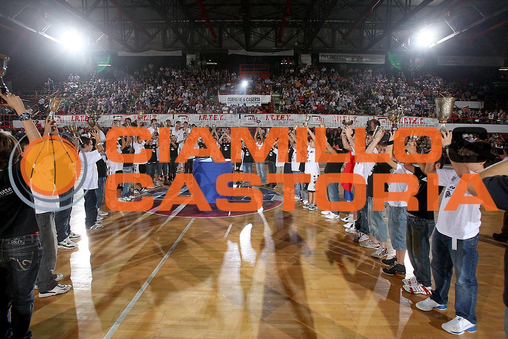 DESCRIZIONE : Caserta Lega A 2009-10 Basket Amichevole Trofeo Irtet Citta di Caserta Pepsi Juve Caserta Air Avellino<br /> GIOCATORE : presentazione squadra<br /> SQUADRA : Pepsi Juve Caserta<br /> EVENTO : Campionato Lega A 2009-2010 <br /> GARA : Pepsi Juve Caserta Air Avellino<br /> DATA : 26/09/2009<br /> CATEGORIA : presentazione squadra<br /> SPORT : Pallacanestro <br /> AUTORE : Agenzia Ciamillo-Castoria/C.De Massis