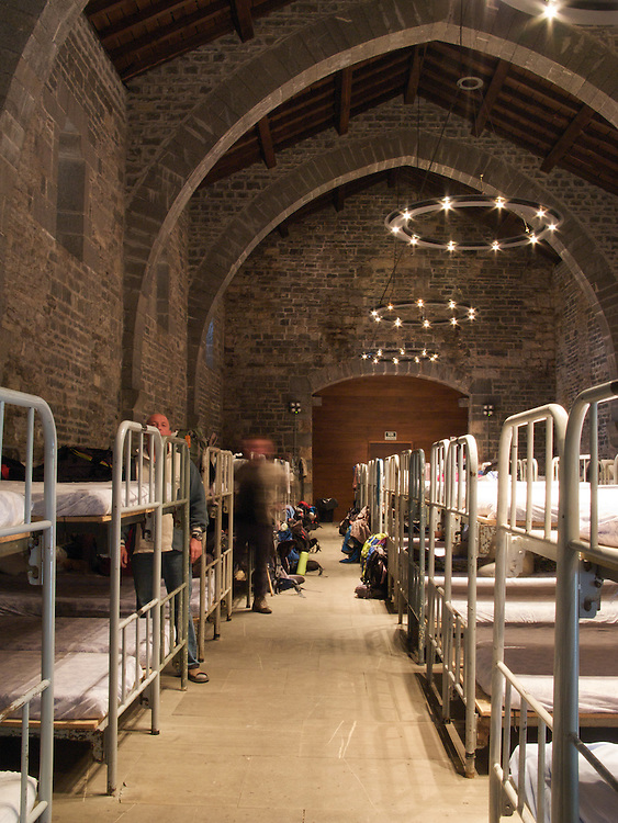 There were 110 beds in the dormitory in the abbey in Roncesvalles. After the small dormitories in France it was quite a surprise to see so many beds for pilgrims on their way to Santiago de Compostela.