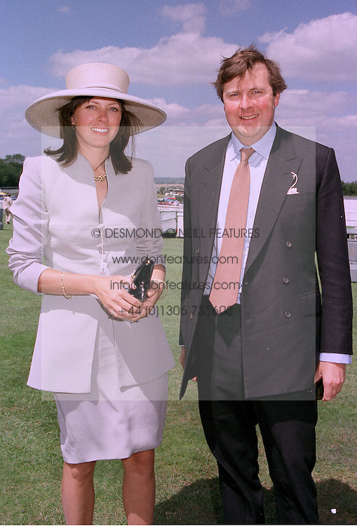The EARL & COUNTESS OF ARUNDEL & SURREY at a race meeting in Sussex on 30th July 1997.MAS 68