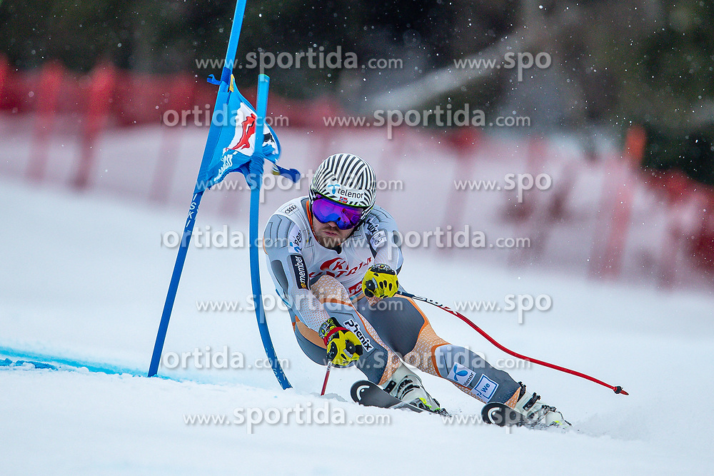 14.02.2020, Zwölferkogel, Saalbach Hinterglemm, AUT, FIS Weltcup Ski Alpin, Super G, Herren, im Bild Kjetil Jansrud (NOR) // Kjetil Jansrud of Norway in action during his run for the men's SuperG of FIS Ski Alpine World Cup at the Zwölferkogel in Saalbach Hinterglemm, Austria on 2020/02/14. EXPA Pictures © 2020, PhotoCredit: EXPA/ Johann Groder