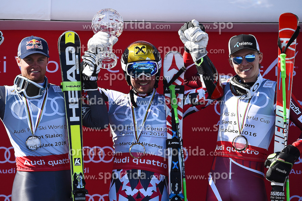 19.03.2016, Engiadina, St. Moritz, SUI, FIS Weltcup Ski Alpin, St. Moritz, Riesentorlauf, Herren, im Bild Alexis Pinturault (FRA), Marcel Hirscher (AUT) und Henrik Kristoffersen (NOR) vl. an der Siegerehrung fuer den Disziplinensieg Riesenslalom. // during men's Giant Slalom of St. Moritz Ski Alpine World Cup finals at the Engiadina in St. Moritz, Switzerland on 2016/03/19. EXPA Pictures &copy; 2016, PhotoCredit: EXPA/ Freshfocus/ Manuel Lopez<br /> <br /> *****ATTENTION - for AUT, SLO, CRO, SRB, BIH, MAZ only*****