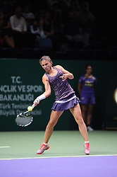 22.10.2013, Sinan Erdem Dome, Istanbul, TUR, WTA Tour, TEB BNP Paribas Championchip, im Bild Sara Errani of Italy // during the WTA TEB BNP Paribas championships at the Sinan Erdem Dome in Istanbul, Turkey on 2013/10/22. EXPA Pictures © 2013, PhotoCredit: EXPA/ Seskimphoto/ Spfc<br /> <br /> *****ATTENTION - for AUT, SLO, SRB, ESP, ITA, SWE, NOR, FIN, NED, USA only*****