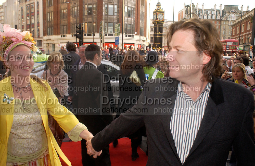 Katrine Boorman and Danny Moynihan. Billy Elliot- The Musical opening night at the Victoria palace theatre and party afterwards at Pacha, London. 12 May 2005. ONE TIME USE ONLY - DO NOT ARCHIVE  © Copyright Photograph by Dafydd Jones 66 Stockwell Park Rd. London SW9 0DA Tel 020 7733 0108 www.dafjones.com