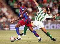 Fotball<br /> Foto: imago/Digitalsport<br /> NORWAY ONLY<br /> <br /> 14.08.2005  <br /> <br /> Samuel Etoo (FC Barcelona, li.) gegen Alberto Rivera Pizarro (Betis)