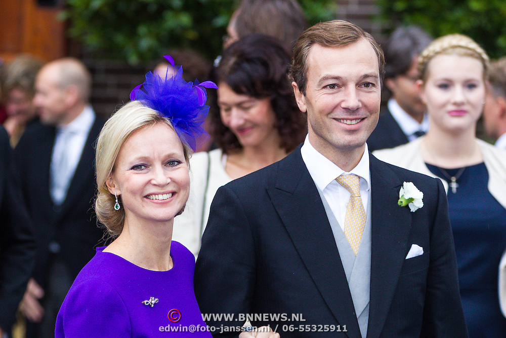 NLD/Apeldoorn/20130105 - Huwelijk prins Jaime en prinses Viktoria Cservenyak, Prinses Carolina en partner Albert Brenninkmeijer