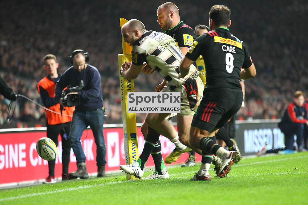 Goucesters Wing Charl;ie Sharples denied right in the corner flag. Twickenham Stadium, London. Big Game 8. Harlequins V Gloucester (c) Matt Bristow | SportPix.org.uk