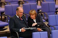 26 SEP 2003, BERLIN/GERMANY:<br /> Laurenz Meyer (L), CDU Generalsekretaer, und Angela Merkel (R), CDU Bundesvorsitzender, im Gespraech, waehrend der Bundestagsdebatte zur Gesundheitsreform, Plenum, Deutscher Bundestag<br /> IMAGE: 20030926-01-041<br /> KEYWORDS: Generalsekretär, Gespräch