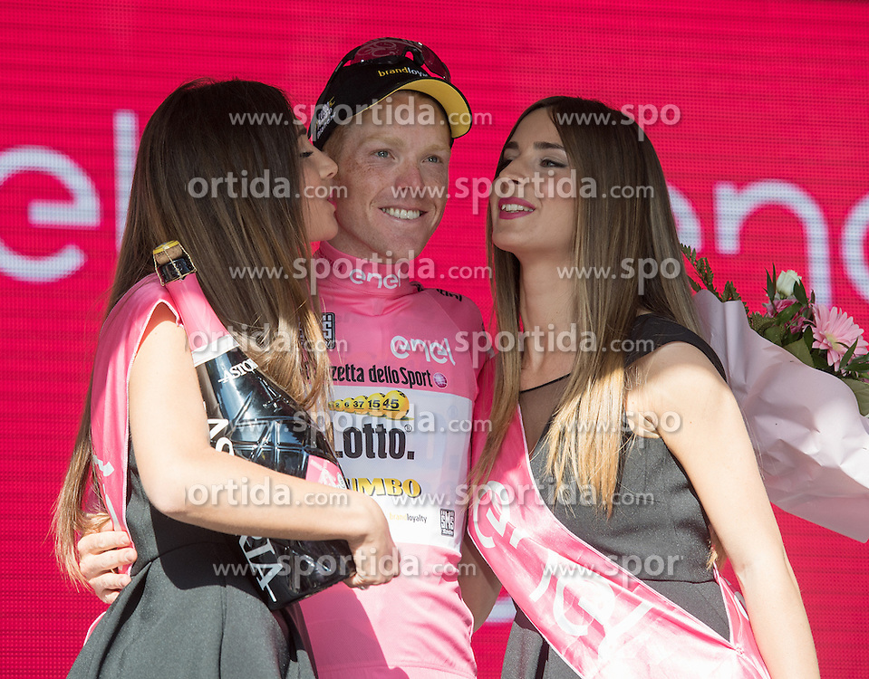 21.05.2016, Alpago nach Corvara, ITA, Giro d Italia 2016, 14. Etappe, im Bild Steven Kruijswijk (NED, Team Lotto Jumbo) // Steven Kruijswijk (NED, Team Lotto Jumbo) during 14th Stage, from Alpago to Corvara of the Giro d Italia at. in Alpago nach Corvara, Italy on 2016/05/21. EXPA Pictures © 2016, PhotoCredit: EXPA/ Reinhard Eisenbauer