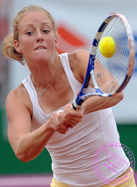 URSZULA RADWANSKA FROM POLAND HITS THE BALL DURING FIRST ROUND TENNIS SONY ERICSSON WTA TOUR TOURNAMENT WARSAW OPEN 2009 IN WARSAW, POLAND...WARSAW , POLAND , MAY 19, 2009..( PHOTO BY ADAM NURKIEWICZ / MEDIASPORT )