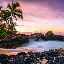 Secret Cove Beach Maui Hawaii sunrise photo with Ahihi Bay and the Pacific Ocean. Also known as Wedding Beach, Pa'ako Cove, and Makena Cove, Secret Cove Beach is a popular beach in Wailea Kihei Hawaii. Copyright ⓒ 2019 Paul Velgos with All Rights Reserved.