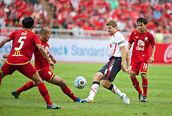 BANGKOK, THAILAND - Sunday, July 28, 2013: Liverpool's captain Steven Gerrard in action against Thailand XI during a preseason friendly match at the Rajamangala National Stadium. (Pic by David Rawcliffe/Propaganda)