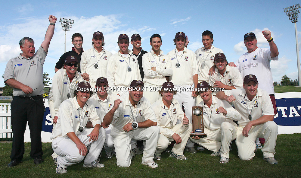 Northern Districts celebrate winning the State Championship Cricket Final between Northern Districts and Canterbury at Seddon Park, Hamilton, New Zealand on Monday 26 March 2007. The two teams agreed to a draw - Northern Dirstricts won as Canterbury needed to win outright to take the title. Photo: Hagen Hopkins/PHOTOSPORT<br />