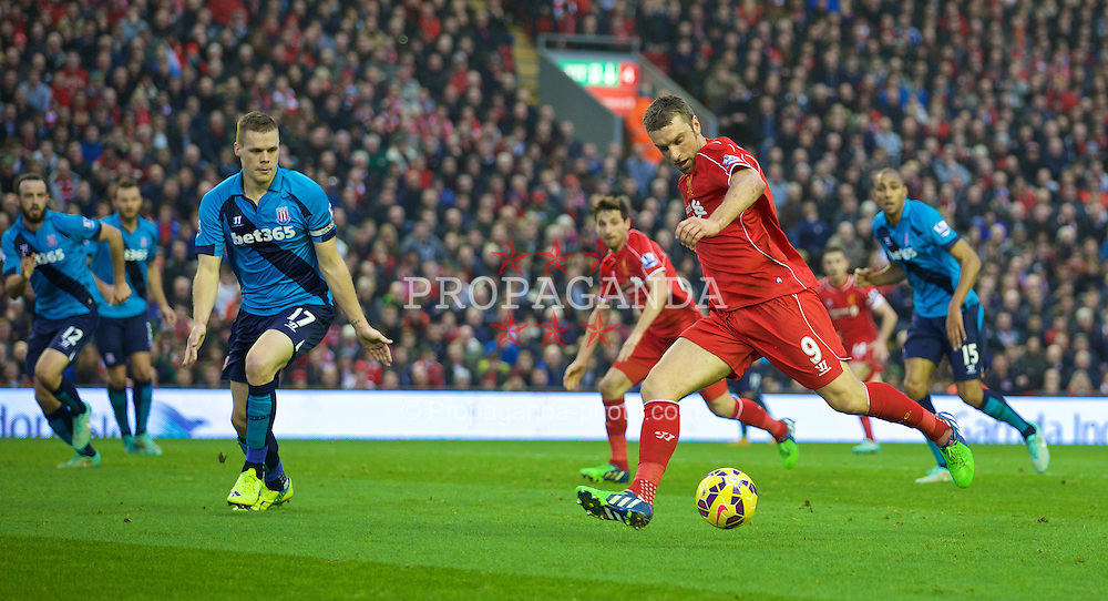 LIVERPOOL, ENGLAND - Saturday, November 29, 2014: Liverpool's Rickie Lambert in action against Stoke City during the Premier League match at Anfield. (Pic by David Rawcliffe/Propaganda)