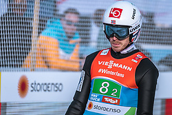 24.02.2019, Bergiselschanze, Innsbruck, AUT, FIS Weltmeisterschaften Ski Nordisch, Seefeld 2019, Skisprung, Herren, Teambewerb, Wertungssprung, im Bild Andreas Stjernen (NOR) // Andreas Stjernen of Norway during the competition jump for the men's skijumping Team competition of FIS Nordic Ski World Championships 2019 at the Bergiselschanze in Innsbruck, Austria on 2019/02/24. EXPA Pictures © 2019, PhotoCredit: EXPA/ Dominik Angerer