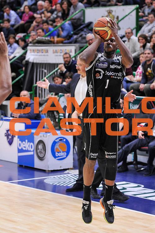 DESCRIZIONE : Campionato 2014/15 Dinamo Banco di Sardegna Sassari - Dolomiti Energia Aquila Trento<br /> GIOCATORE : Tony Mitchell<br /> CATEGORIA : Tiro Tre Punti Three Points<br /> SQUADRA : Dolomiti Energia Aquila Trento<br /> EVENTO : LegaBasket Serie A Beko 2014/2015<br /> GARA : Dinamo Banco di Sardegna Sassari - Dolomiti Energia Aquila Trento<br /> DATA : 04/04/2015<br /> SPORT : Pallacanestro <br /> AUTORE : Agenzia Ciamillo-Castoria/L.Canu<br /> Predefinita :