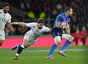 Twickenham, Great Britain, Danny CIPRIANI get a hand onto Scott SPEDDING, during the Six Nations Rugby England vs France, played at the RFU Stadium, Twickenham, ENGLAND. <br /> <br /> Saturday   21/03/2015<br /> <br /> [Mandatory Credit; Peter Spurrier/Intersport-images]