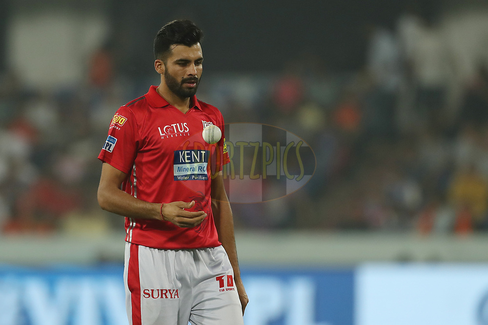 Barinder Singh Sran of the Kings XI Punjab during match twenty five of the Vivo Indian Premier League 2018 (IPL 2018) between the Sunrisers Hyderabad and the Kings XI Punjab  held at the Rajiv Gandhi International Cricket Stadium in Hyderabad on the 26th April 2018.<br /> <br /> Photo by: Ron Gaunt /SPORTZPICS for BCCI
