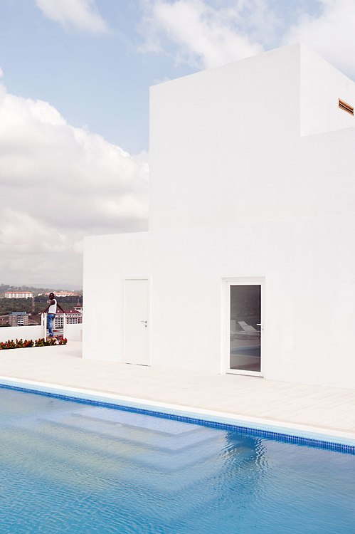 Rooftop swimmingpool at Villagio Vista, Accra, Ghana 2011