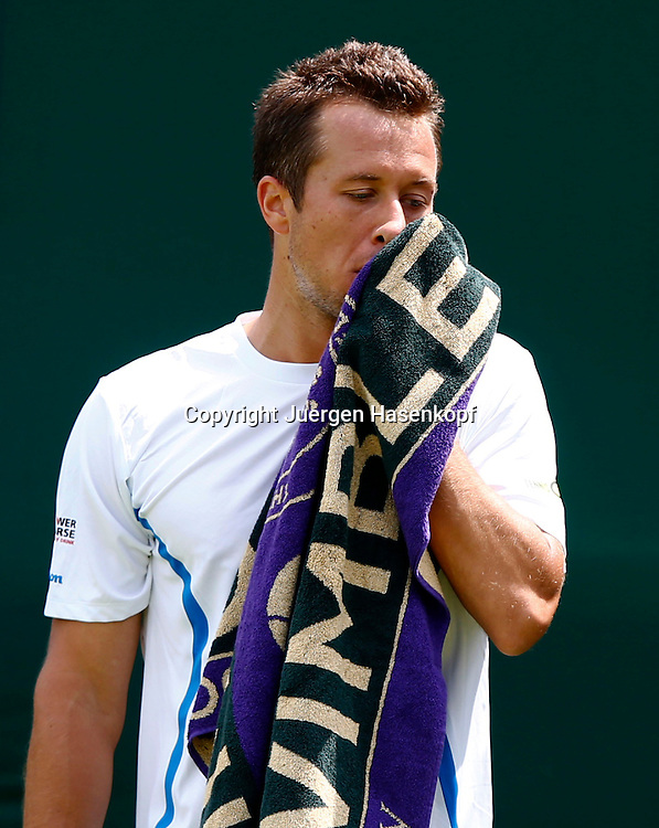 Wimbledon Championships 2013, AELTC,London,<br /> ITF Grand Slam Tennis Tournament, ein enttaeuschter Philipp Kohlschreiber(GER),Frust,Emotion,Einzelbild,Halbkoerper,Hochformat,