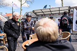 Chloe Hosking (Wiggle Hi5) chats to the locals about her previous successes at Omloop van Borsele. A 139 km road race starting and finishing in 's-Heerenhoek, Netherlands on 23rd April 2016.