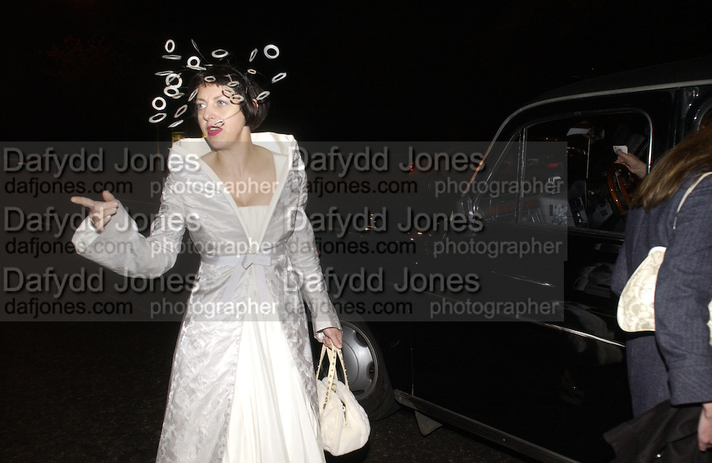 Isabella Blow. The Tatler Little Black book party in association with Chopard. Aviva loungs, BAGLIONE HOTEL. HYDE PARK GATE. LONDON SW7. 9 November 2005. ONE TIME USE ONLY - DO NOT ARCHIVE © Copyright Photograph by Dafydd Jones 66 Stockwell Park Rd. London SW9 0DA Tel 020 7733 0108 www.dafjones.com