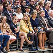 NLD/Tilburg/20170427- Koningsdag 2017, Prinses, Alexia met prinses Amalia , koningin Maxima en Koning Willem Alexander
