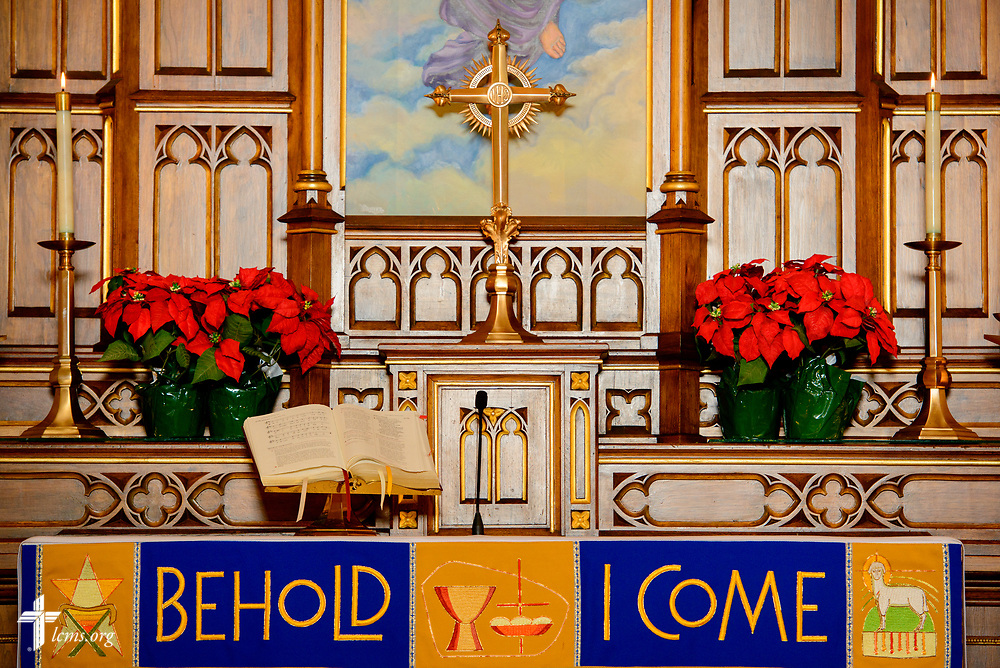 The altar at Holy Cross Lutheran Church, Collinsville, Ill., on Monday, Nov. 27, 2017. LCMS Communications/Erik M. Lunsford