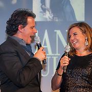 NLD/Amsterdam/20121112 - Beau Monde Awards 2012, Leco Zadelhoff en hoofdredactrice Mies