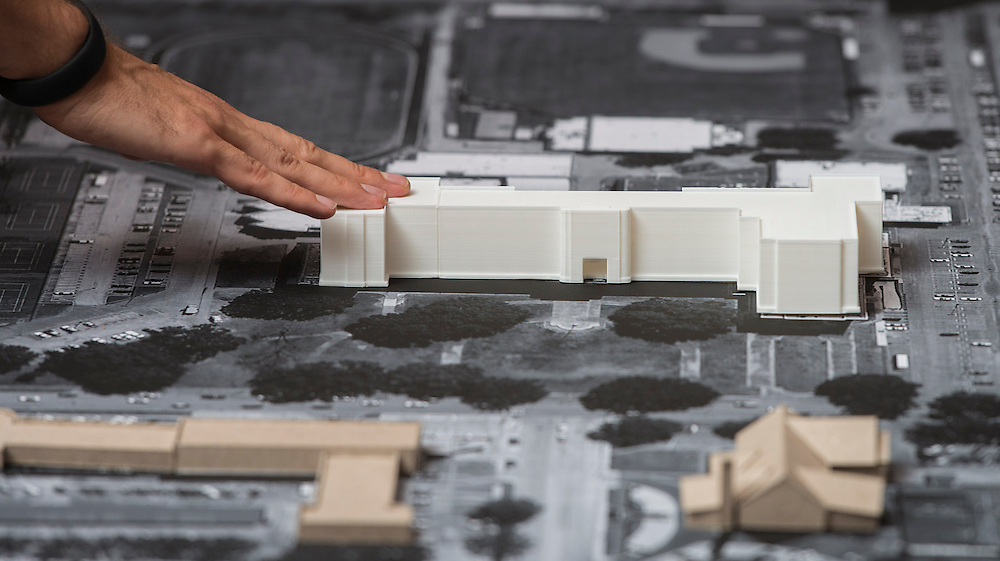 Perkins Will architects discusses possible layouts of the the new Lamar High School during a design charrette at Rice University, May 13, 2014.