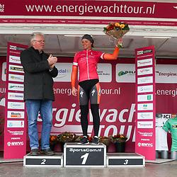 07-04-2016: Wielrennen: Energiewachttour vrouwen: Winsum<br /> WINSUM (NED) wielrennen<br /> De tweede etappe in de Energiewacht rond Winsum werd door de wind een zware etappe. Winsum trui voor etappewinnaar Chantal Blaak