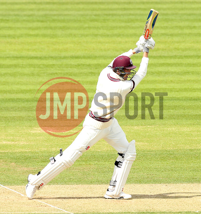 Somerset's Craig Overton strikes the ball - Photo mandatory by-line: Robbie Stephenson/JMP - Mobile: 07966 386802 - 22/06/2015 - SPORT - Cricket - Southampton - The Ageas Bowl - Hampshire v Somerset - County Championship Division One