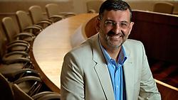 Jairo Jorge da Silva (1963) &eacute; um pol&iacute;tico brasileiro.<br /> Em 1985, aos 24 anos, Jairo foi candidato &agrave; prefeito de Canoas pelo PT ficando em terceiro lugar e, no pleito seguinte, foi o vereador mais votado para a legislatura 1989-1992. Tamb&eacute;m trabalhou na prefeitura de Porto Alegre com Tarso Genro (2001) e foi ministro interino da Educa&ccedil;&atilde;o em 2004. Jairo Jorge &eacute; pai de dois filhos, M&aacute;rio e Isadora. Em 26 de outubro de 2008 Jairo Jorge foi eleito prefeito de Canoas, o primeiro mandato do PT no munic&iacute;pio. FOTO: Jefferson Bernardes/Preview.com