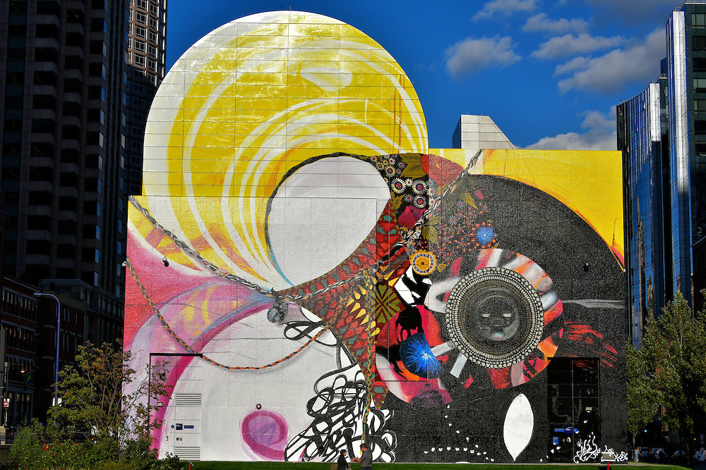 Greenway wall by shinique smith in boston massachusetts for Dewey square mural