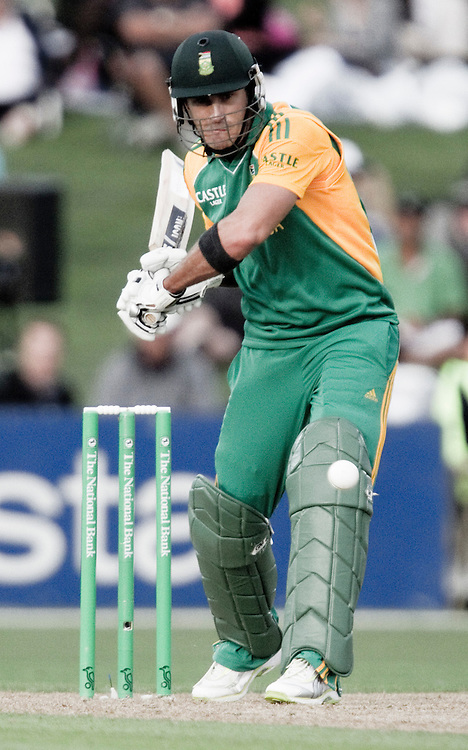 South Africa's Faf du Plessis in the second one day international cricket match against New Zealand, McLean Park, Napier, New Zealand, Wednesday Febuary 29, 2012.  Credit: SNPA / Bethelle McFedries