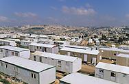 Village for refugees,   Givaat Amatos, Jerusalem  Israel     /// village de caravannes, accueil pour les nouveaux refugies russes et ethiopiens  Givaat Amatos, Jerusalem  Israel   /// R00287/    L004323  /  P0007173