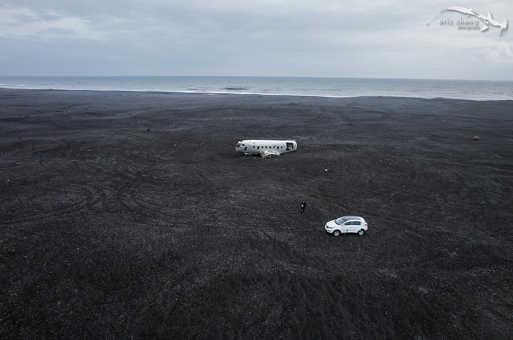 Shooting the United States Navy DC-3 plane wreck near Solheimasandur (Sólheimasandur), Iceland. DJI Phantom 2 quadcopter w/Ricoh GR camera. Post on Skypixel: http://skypixel.org/post/85777422224