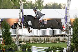 Van De Pol Henk (NED) - Tennessee<br /> Winner of the Derby of Flanders<br /> CSIO Lummen 2010<br /> © Dirk Caremans