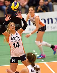 29-12-2015 NED: Nederland - Belgie, Almelo<br /> Op het 25 jaar Topvolleybal Almelo spelen Nederland en Belgie een oefen interland ter voorbereiding op het OKT dat maandag in Ankara begint / Laura Dijkema #14