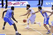 DESCRIZIONE : Brindisi  Lega A 2015-16<br /> Enel Brindisi Dinamo Banco di Sardegna Sassari<br /> GIOCATORE : Scottie Reynolds<br /> CATEGORIA : Palleggio Contropiede<br /> SQUADRA : Enel Brindisi<br /> EVENTO : Campionato Lega A 2015-2016<br /> GARA :Enel Brindisi Dinamo Banco di Sardegna Sassari<br /> DATA : 31/01/2016<br /> SPORT : Pallacanestro<br /> AUTORE : Agenzia Ciamillo-Castoria/D.Matera<br /> Galleria : Lega Basket A 2015-2016<br /> Fotonotizia : Brindisi  Lega A 2015-16 Enel Brindisi Dinamo Banco di Sardegna Sassari<br /> Predefinita :