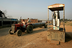 BANGLADESH MAULVI BAZAAR 25FEB05 - A 20-inch gas pipeline gets tranported by tractor and trailer near Maulvi Bazaar, northern Bangladesh...jre/Photo by Jiri Rezac ..© Jiri Rezac 2005..Contact: +44 (0) 7050 110 417.Mobile:  +44 (0) 7801 337 683.Office:  +44 (0) 20 8968 9635..Email:   jiri@jirirezac.com.Web:    www.jirirezac.com..© All images Jiri Rezac 2005- All rights reserved.