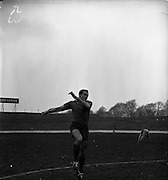 26/03/1960<br /> 03/26/1960<br /> 26 March 1960<br /> Chilean Soccer players practice at Milltown, before game with Ireland. Clousc, Chilean centre forward leaps high during practice.