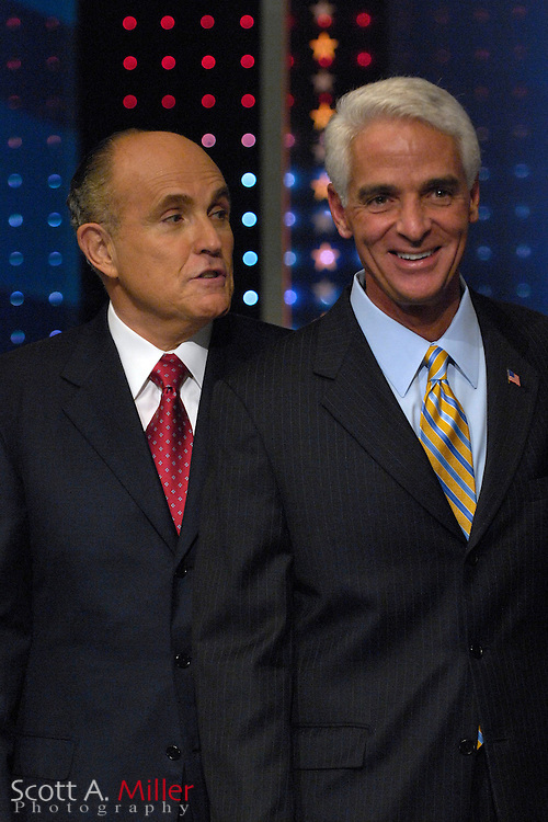 Orlando, Fla., USA; Oct. 21, 2007 - Republican presidential hopeful Rudy Giuliani, left, and Florida Gov. Charlie Crist prior to the Florida Republican debate hosted by FOX News in Orlando, Fla. ..©2007 Scott A. Miller