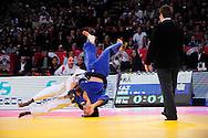 Dimitri Dragin (FRA) face à Sergey Lim (KAZ) lors du tournoi de Paris de Judo 2013, le 09 Février 2013 au POPB.