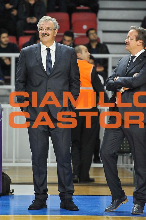 DESCRIZIONE : Eurolega Euroleague 2014/15 Gir.A Anadolu Efes Istanbul - Dinamo Banco di Sardegna Sassari<br /> GIOCATORE : Romeo Sacchetti Pasquini<br /> CATEGORIA : Allenatore Coach Before<br /> SQUADRA : Dinamo Banco di Sardegna Sassari<br /> EVENTO : Eurolega Euroleague 2014/2015<br /> GARA : Anadolu Efes Istanbul - Dinamo Banco di Sardegna Sassari<br /> DATA : 28/10/2014<br /> SPORT : Pallacanestro <br /> AUTORE : Agenzia Ciamillo-Castoria / Luigi Canu<br /> Galleria : Eurolega Euroleague 2014/2015<br /> Fotonotizia : Eurolega Euroleague 2014/15 Gir.A Anadolu Efes Istanbul - Dinamo Banco di Sardegna Sassari<br /> Predefinita :