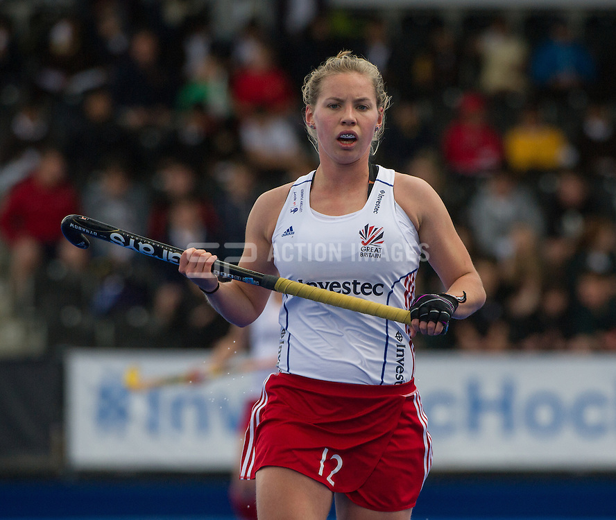 Great Britain's Sarah Robertson. Great Britain v Japan - Schools Event, Lee Valley Hockey & Tennis Centre, London, UK on 27 April 2015. Photo: Simon Parker