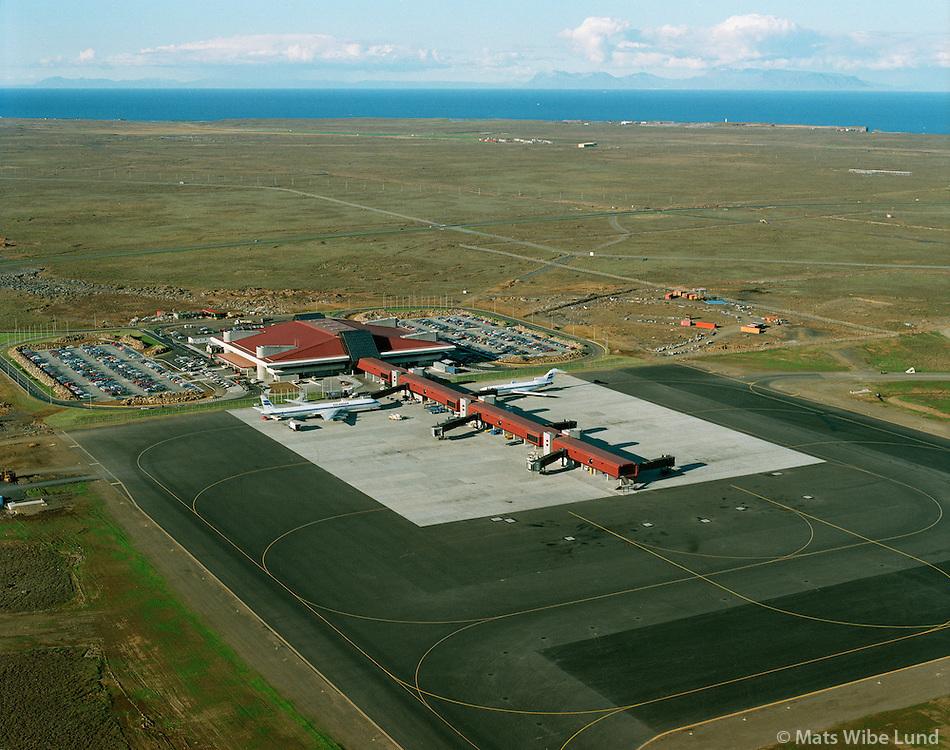Leifsstöð, BIKF Keflavíkurflugvöllur Sandgerðisbær 1987.Leifsstod, BIKF Leif Eiriksson international airport, Keflavik, 1987