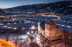 THEMENBILD - die beleuchtete Burg Kaprun bei Dämmerung in der winterlichen Landschaft, aufgenommen am 22. Januar 2019 in Kaprun, Oesterreich // the illuminated castle Kaprun at dusk in the wintry landscape in Kaprun, Austria on 2019/01/22. EXPA Pictures © 2019, PhotoCredit: EXPA/ JFK