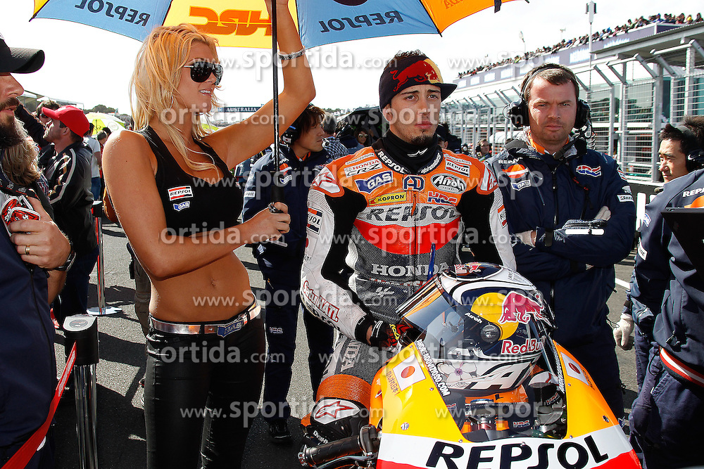 16.10.2011, Phillip Island, Cowes, AUS, MotoGP, Iveco Australian Gran Prix, Rennen, im Bild Andrea Dovizioso - Repsol Honda team // during IVECO AUSTRALIAN GRAN PRIX at Philip Island, Cowes, AUS on 16/10/2011. EXPA Pictures © 2011, PhotoCredit: EXPA/ InsideFoto/ Semedia +++++ ATTENTION - FOR AUSTRIA/(AUT), SLOVENIA/(SLO), SERBIA/(SRB), CROATIA/(CRO), SWISS/(SUI) and SWEDEN/(SWE) CLIENT ONLY +++++