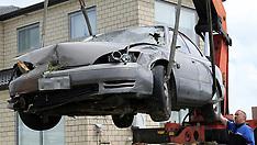 Auckland-Fatal as car hits house, Flatbush