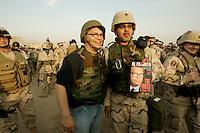 al franken in abu ghrab,dec 20, 05 on uso tour visiting soldiers